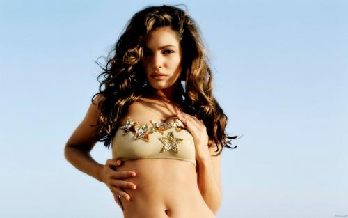 Kelly Brook 02